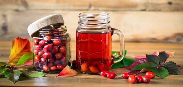 Ovocná šťava Jablko-šípka 1l