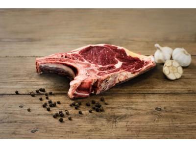 BIO hovädzí krk s kosťou (býk/jalovica)